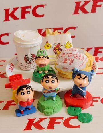 除了好玩的玩具,肯德基也提供小朋友美味餐点自由